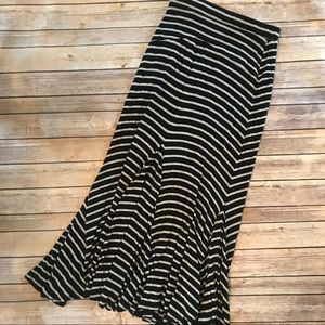 Anthropologie • Bordeaux striped maxi skirt